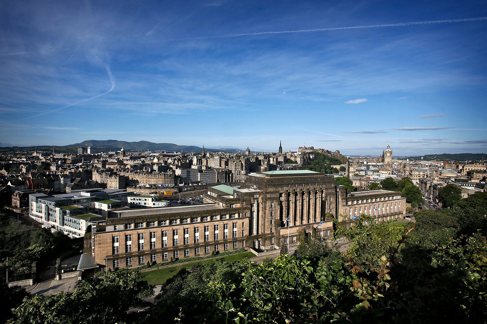 Landscape view of Edinburgh city centre
